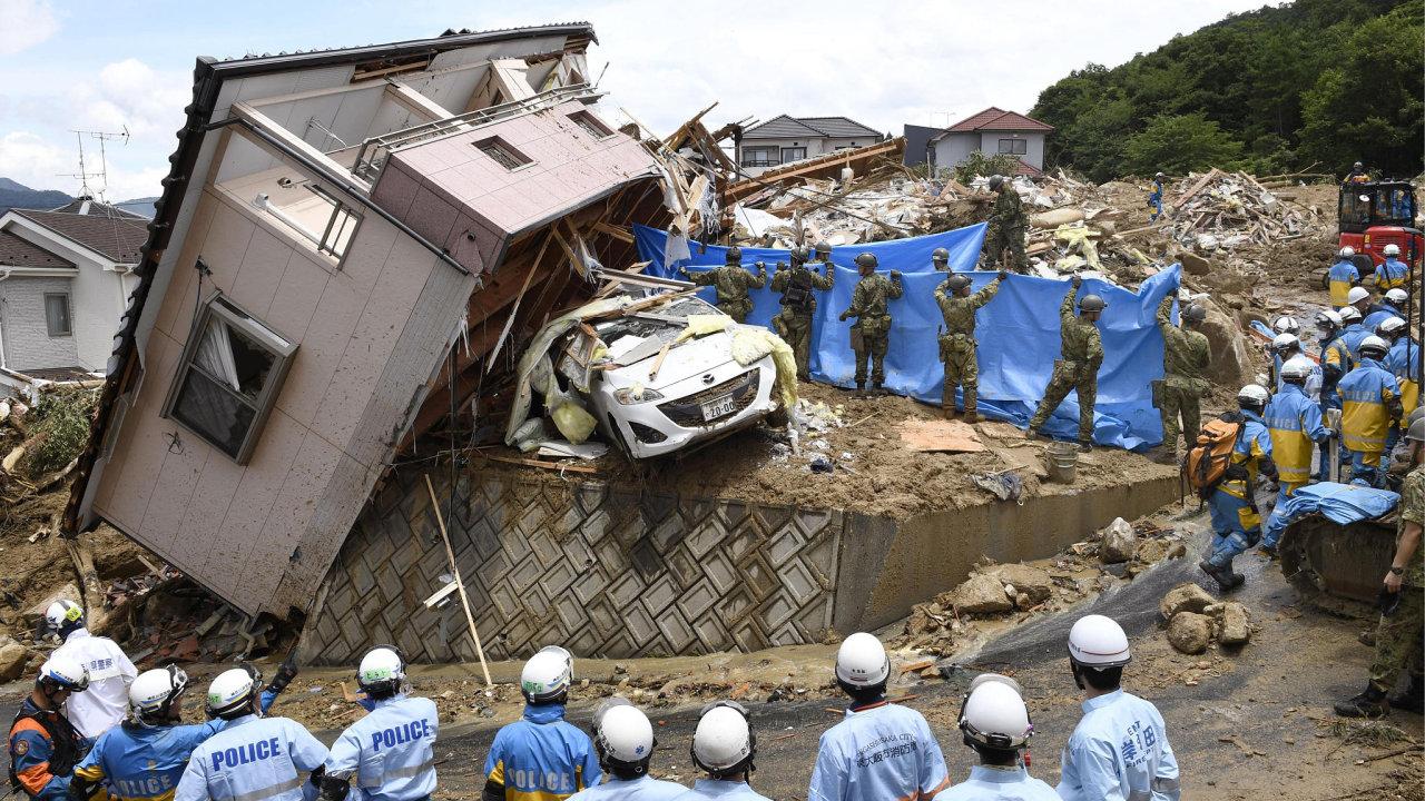 Podle premiéra Šinzóa Abeho jsou snahy o záchranu bojem s časem.