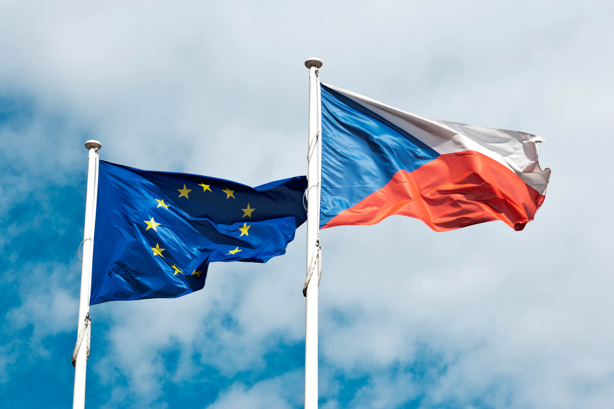 Pod záminkou EU Česko přitvrzuje ve výběru daní.
