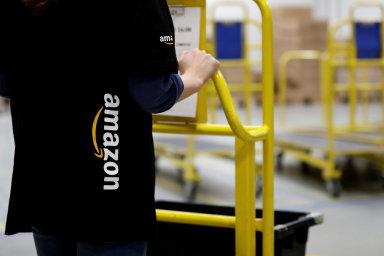 Míst, kam zatím Amazon nedosáhl, je stále méně, a společnost se tak postupně stala konkurentem pro velkou část firem po celém světě.