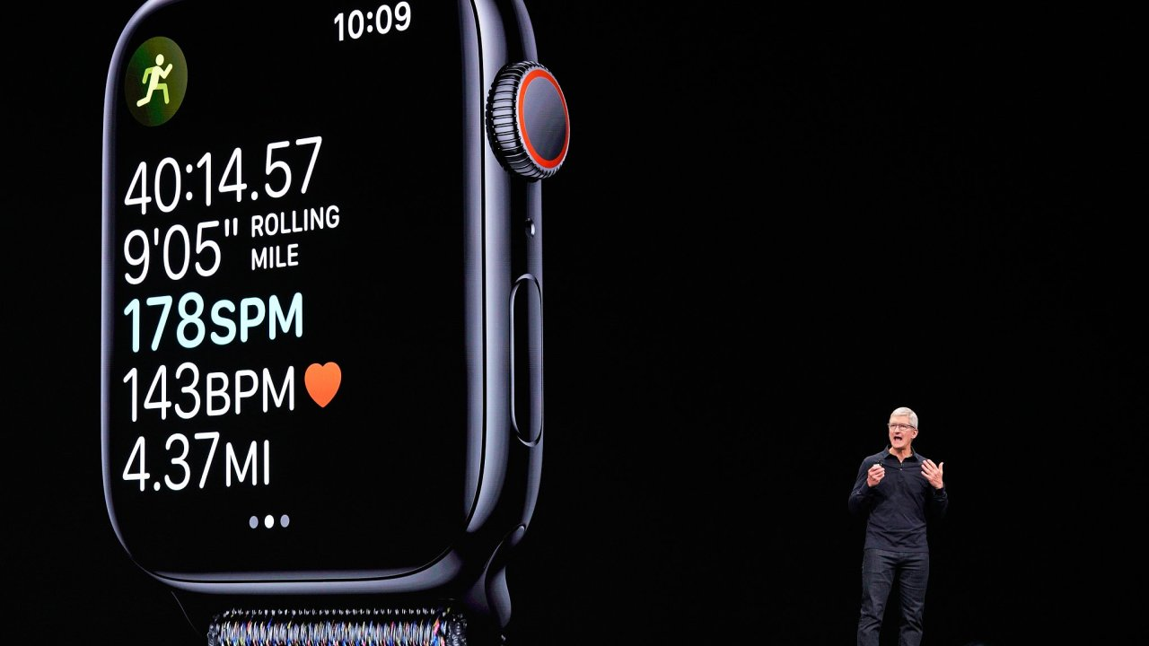 Apple Watch, Tim Cook, konference, projev