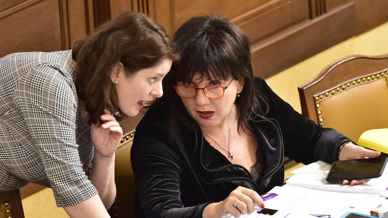 Bez výsledku skončilo jednání ministryně práce asociálních věcí Jany Maláčové s ministryní financí Alenou Schillerovou. Maláčová pro svůj úřad požaduje navíc 11 miliard korun.
