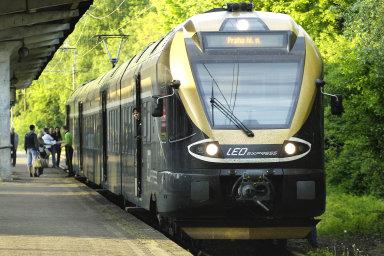 Ministerstvo dopravy zvažuje zafixování nejvyšších cen jízdenek na železnici.
