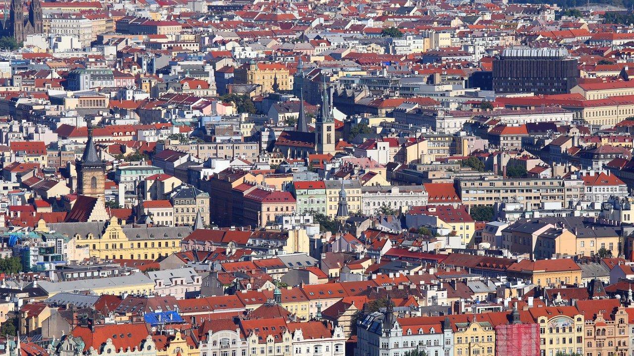 Ze sdíleného ubytování přes Airbnb se stal v Praze regulérní byznys.