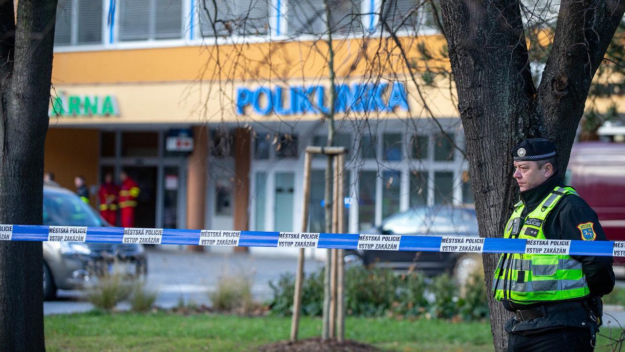 Poútoku střelce zasahovaly vostravské nemocnici iširším okolí stovky policistů.