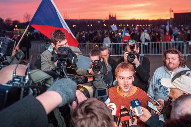 Spolek loni pořádal dvě největší veřejná shromáždění po listopadu 1989 na pražské Letné.