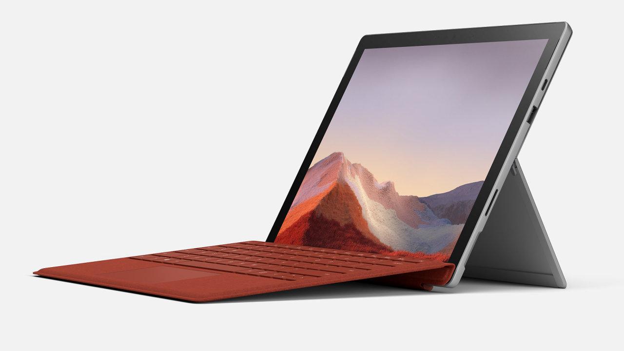 Surface Pro 7 má v lehkém těle výkon i na práci desktopu