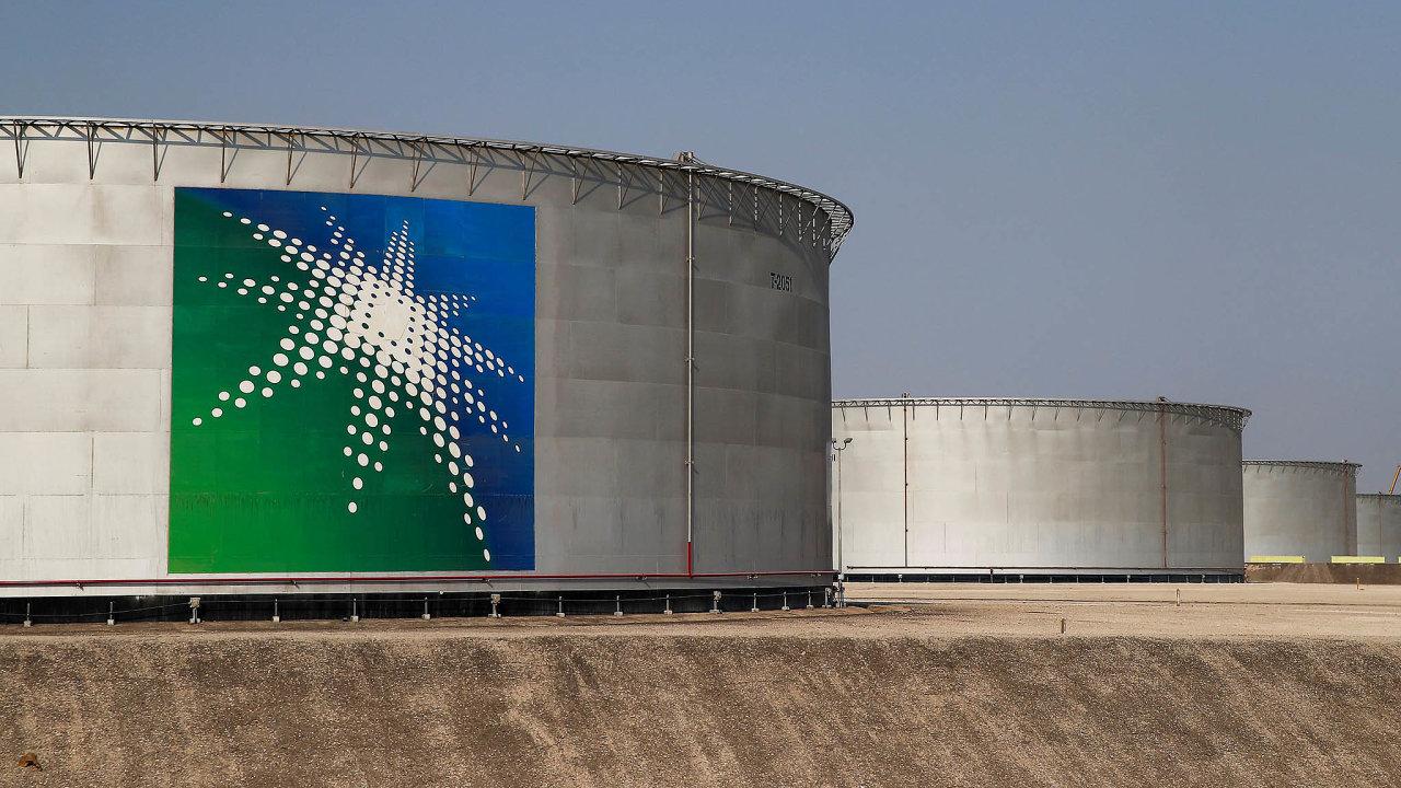 Zásobníky saúdské společnosti Saudi Aramco