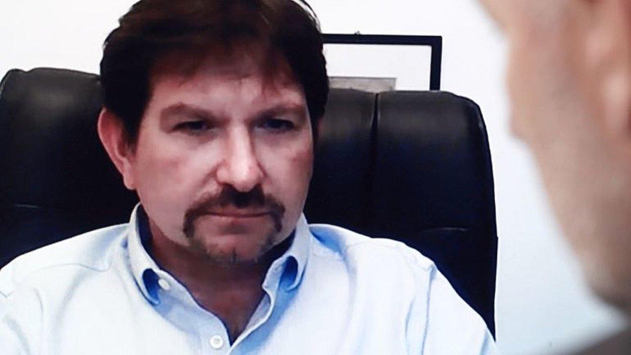 Rektor Bareš: Covid není rýmička, negativní jsem po měsíci, ale v pořádku se necítím