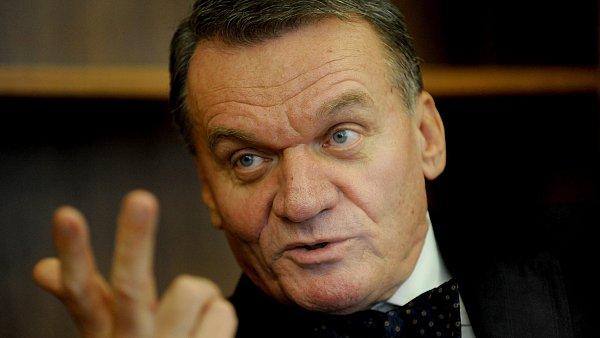 Pra�sk� prim�tor Bohuslav Svoboda