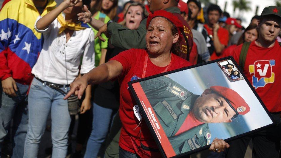 Příznivci zesnulého venezuelského prezidenta Huga Cháveze.
