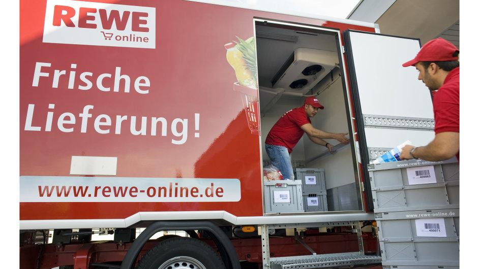 Kvůli pět let starému převzetí diskontů Plus má nyní německá Rewe platit pokutu 24 milionů korun (ilustrační foto).