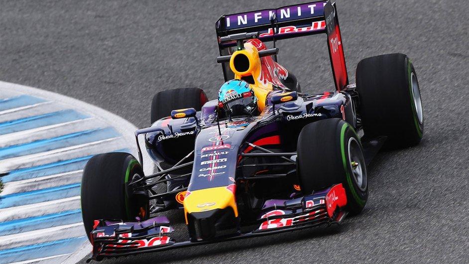 Red Bull RB10 šampiona Vettela při testech v Jerezu