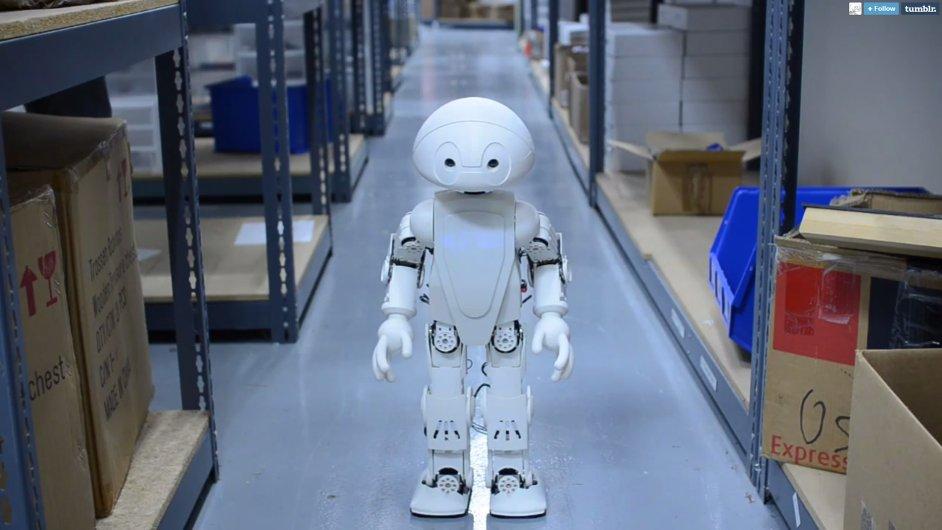 Bude mít každý svého robota už od narození? (Na ilustračním snímku robot Jimmy z laboratoří Intelu)