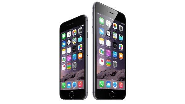 Apple se polep�il: Vydal opravenou aktualizaci iOS, ohnut� iPhony nejsp�e vym�n�
