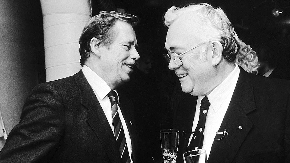 V únoru 1990 se Havel v Torontu setkal s Josefem Škvoreckým.