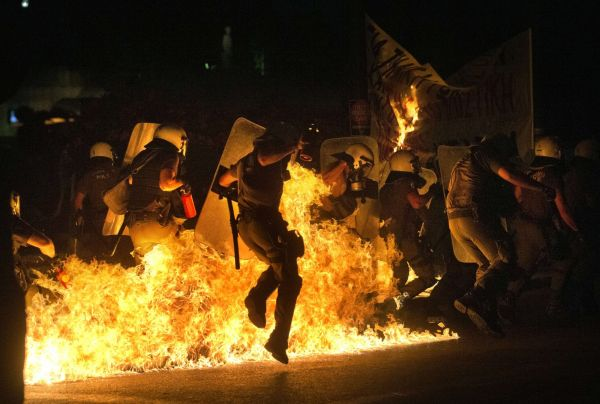 Nepokoje v Aténách