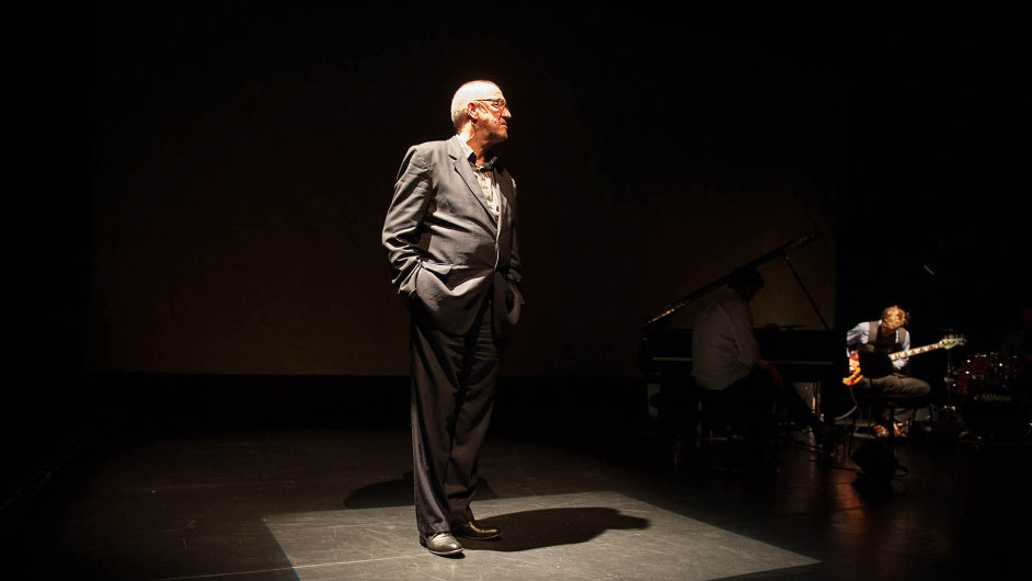 Představení The Old Monk se stalo událostí festivalu v Avignonu.