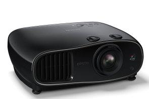 Epson EH-TW6600 promění obývák v kino se skvělým obrazem