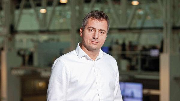 Roman Latuske je generálním ředitelem mediálního domu Economia od září 2014.