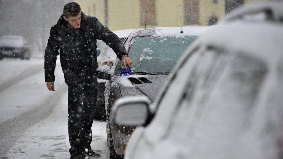 Sněhová kalamita. Ilustrační foto