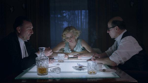 Film Masaryk měl premiéru 25. prosince, do distribuce však vstoupí až v březnu 2017.