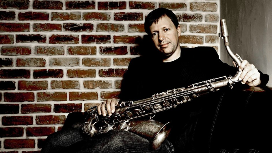 Saxofonista Chris Potter v minulosti vystoupil na festivalu Bohemia Jazzfest či v pražském klubu Jazz Dock.