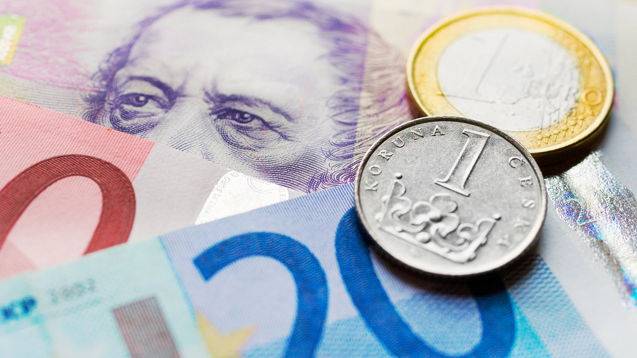 Euro, koruna, česká, mince, bankovka, bankovky, peníze, měna, mzda, příjem, dluh, hypotéka, kurz, intervence, ČNB.