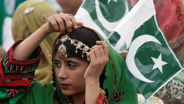 Pákistánci slavili včera sedmdesáté výročí nezávislosti země.