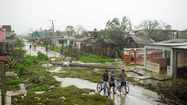 Hurikán Irma zamířil z Karibiku na Floridu.