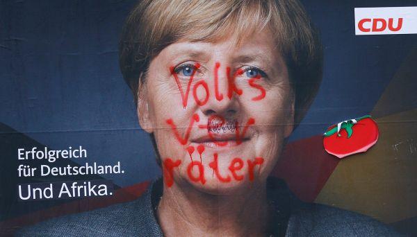 HAN101 GERMANY ELECTION MERKEL 0924 11 merkelová, německo, zrádce lidu