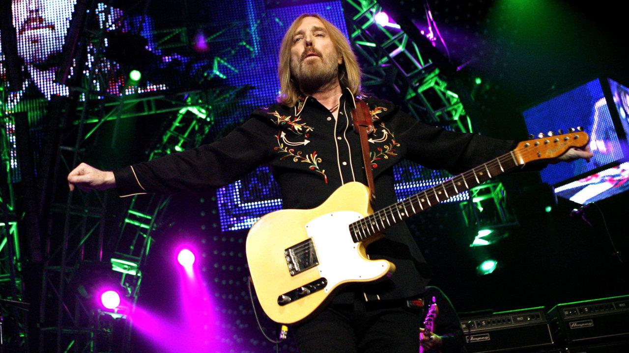 Tom Petty zemřel na následky srdeční zástavy ve věku 66 let.