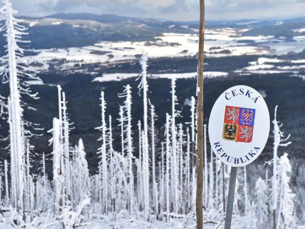 Nová pravidla pro národní parky rozdělila politiky. Zákon, který počítá s rozšířením nejpřísněji chráněné oblasti Šumavy, vetoval prezident Miloš Zeman.