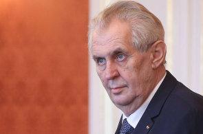 Prezident Miloš Zeman udělil milost muži, který při nehodě usmrtil svou ženu a syna.