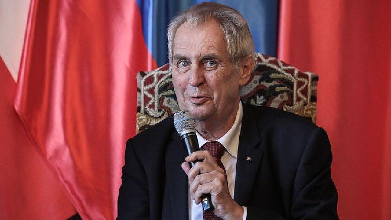 Prezident Miloš Zeman označil prohlášení ruského ministra zahraničí za absolutní drzost.