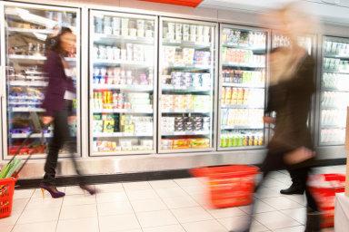 V květnu se dařilo obchodníkům s počítači, farmaceutickým a zdravotnickým zbožím a s výrobky pro domácnost a sport.
