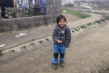 Děti z rodinného prostředí, kde nemají dostatek podnětů k rozvoji, mohou mít podobné obtíže jako děti se specifickými poruchami učení.
