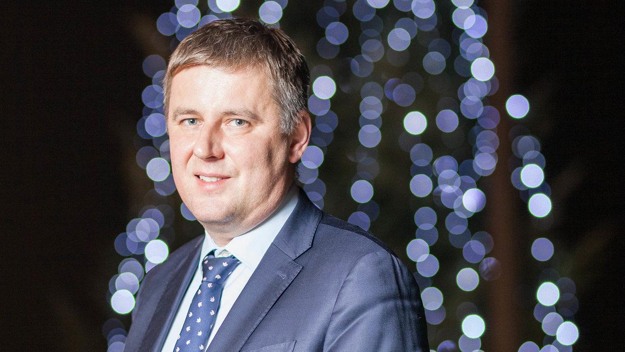Komunikovat již příští rok: místopředseda ČSSD slibuje, že odpříštího roku začne jeho strana komunikovat lépe.