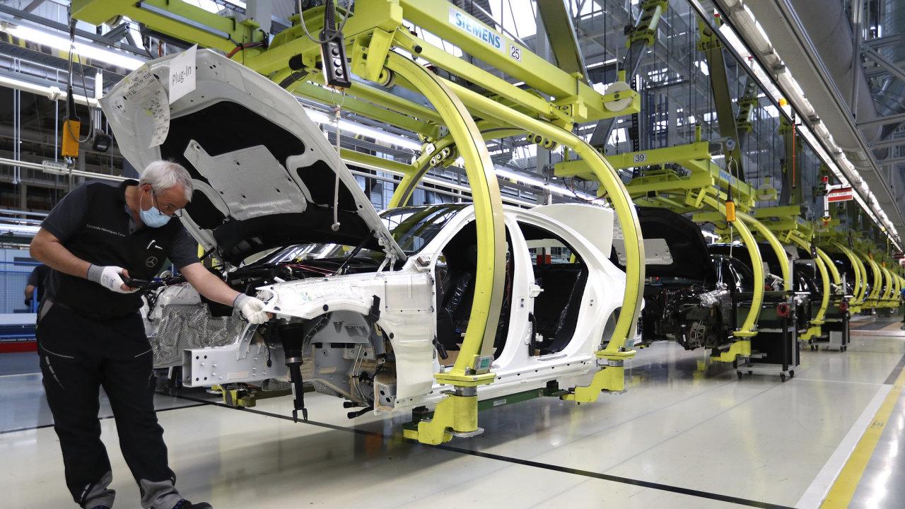 Německo továrna průmysl auto