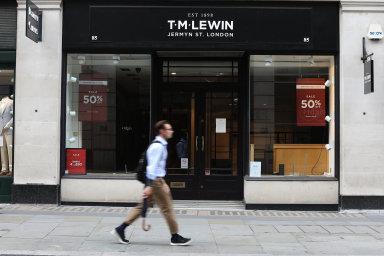 V Česku vzniká módní značka, jež nahradí potápějící se britskou T.M. Lewin. Získala i hlavního návrháře