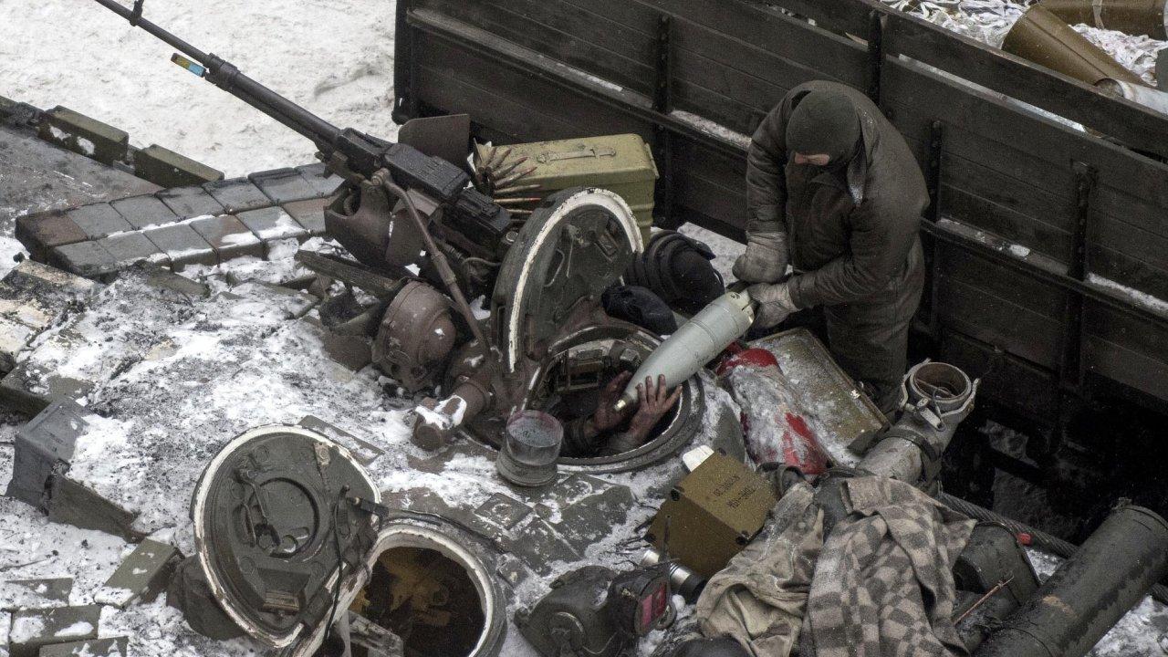 Proruští separatisté na Donbasu.