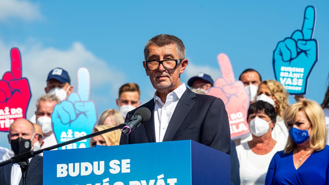 Hnutí ANO zahájilo 2. září 2021 na výletním zámečku Větruše v Ústí nad Labem kampaň před podzimními sněmovními volbami.