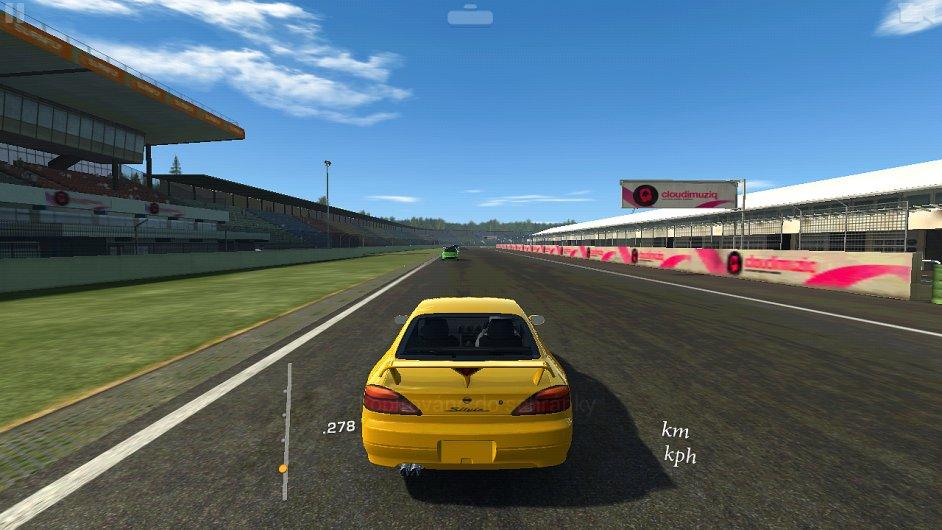 Real Racing 3: Výborná závodní hra pro smartphony