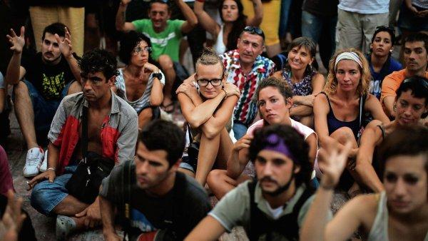 Průzkum Institutu pro politiku Harvardovy univerzity proběhl mezi mladými lidmi.