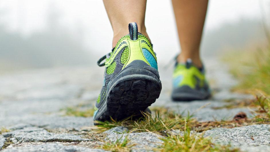 Chůze je pro lidi nejpřirozenější pohyb.
