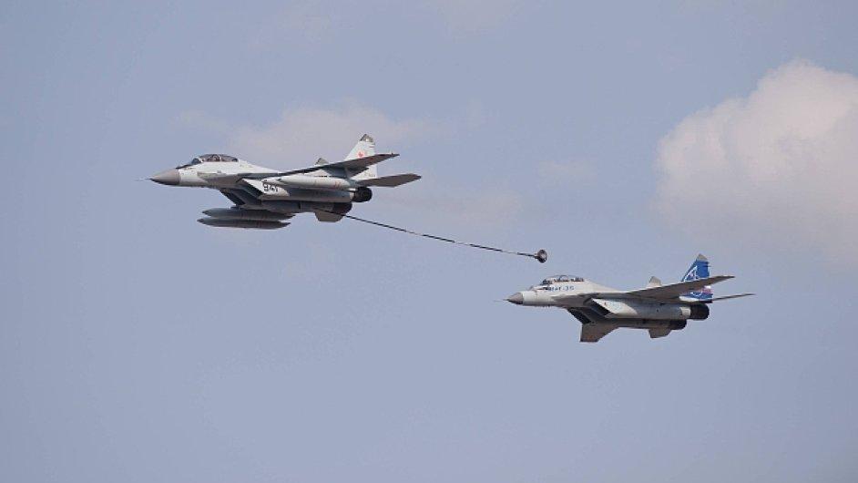 Nad Barentsovým mořem cvičí ruské stíhačky MiG-35