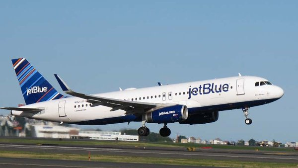 Amazon a JetBlue dost�vaj� do letadel rychl� internet