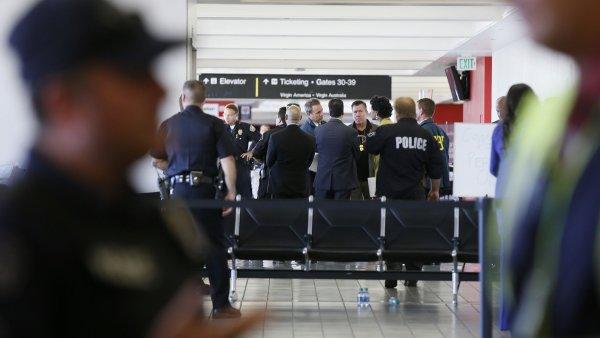 Na amerických letištích bylo loni zabaveno přes 2600 zbraní - Ilustrační foto.