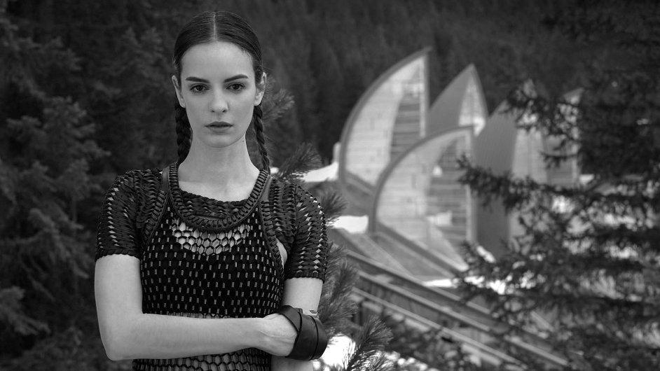 Modelka: Kristína Chrasteková, Elite Model Management Prague, Make-up a vlasy: Hristina Georgievska, Foto asistent: Tomáš Mikule