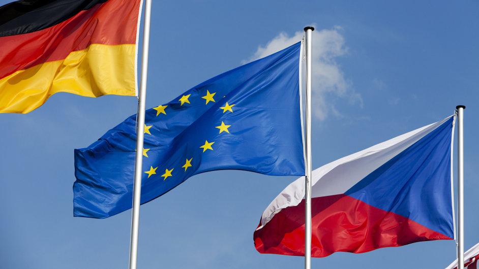 Česká ekonomika rostla rychleji než ekonomika EU i eurozóny.