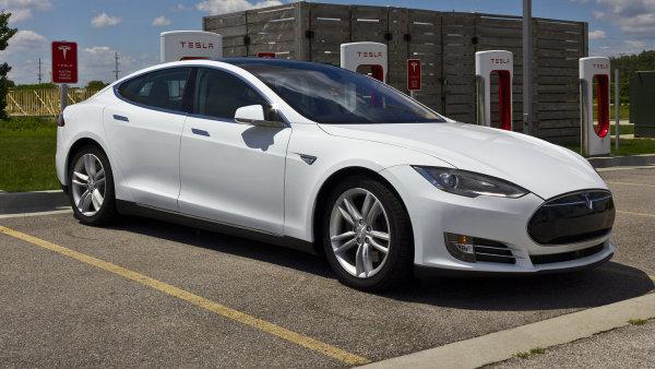Mezi nejluxusnější elektromobily patří vozidla od společnosti Tesla.